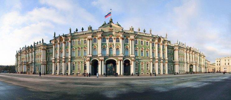 в Эрмитаж и Русский музей